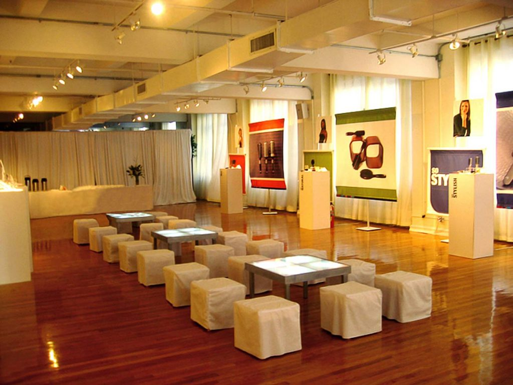 Corporate presentation set up - Midtown Loft