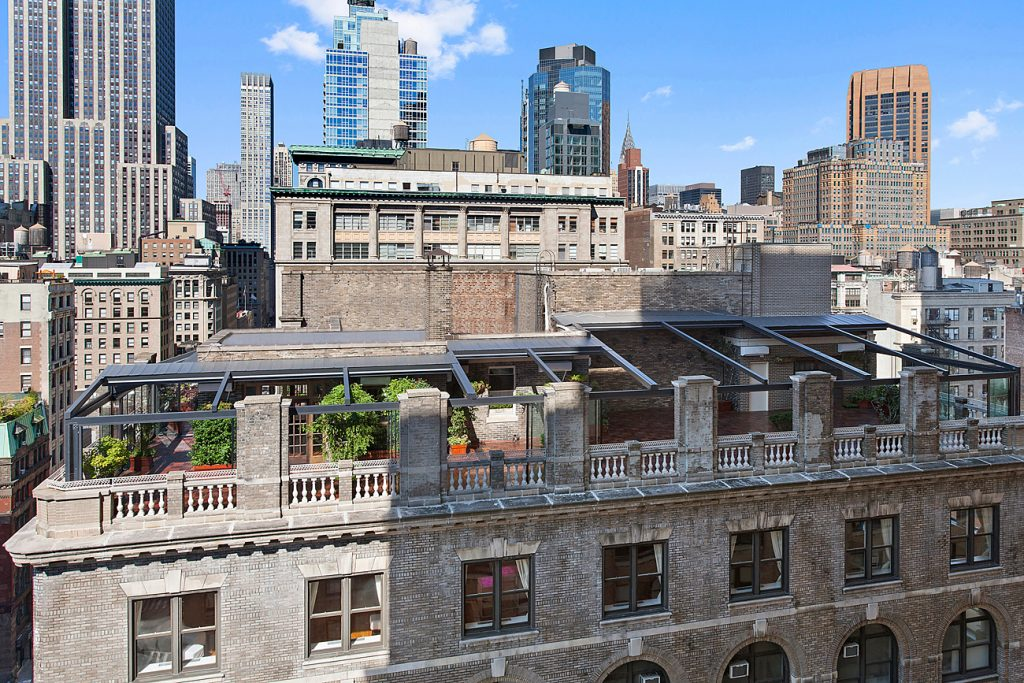 41 Midtown Loft venue decorated for a private wedding