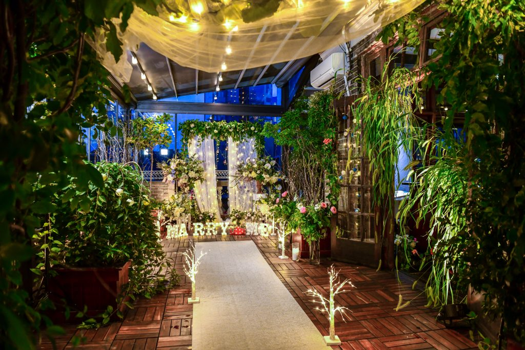 18 Midtown Loft venue decorated for a private wedding